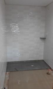 Colocación de plato de ducha  de pizarra